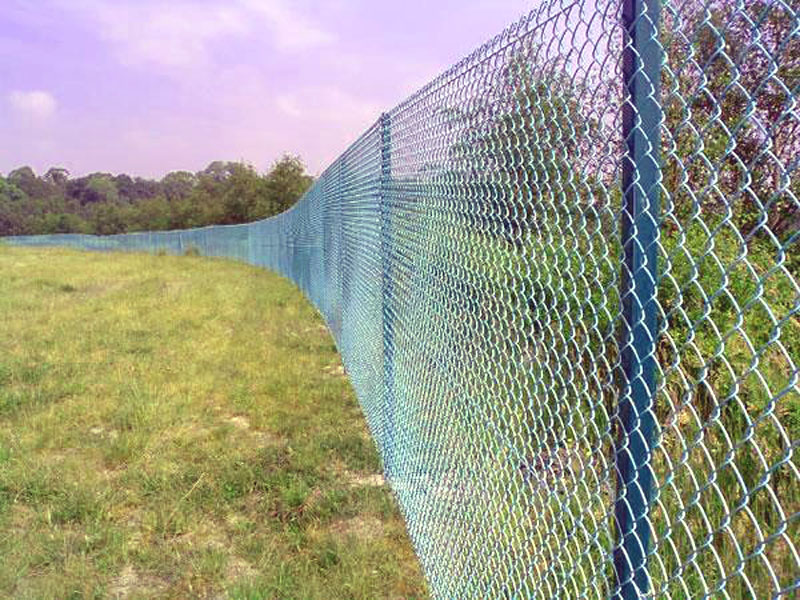 Universal Fencing Contracting, Services, Universal, Welded